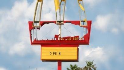 McDonald's: Signs