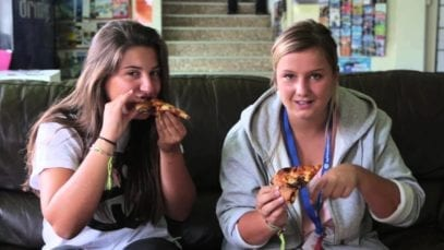 Pizza Hut Australia: Mitey Stuffed Crust Pizza