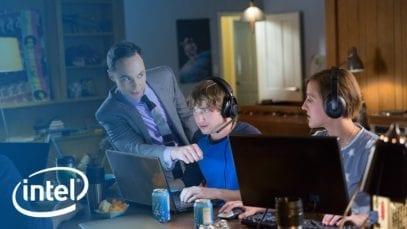 "Intel: Jim Parsons takes on ""Minimalist"" clutter"