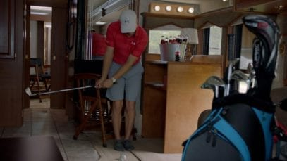 Coca-Cola: Professional golfer Jordan Spieth encounters rain
