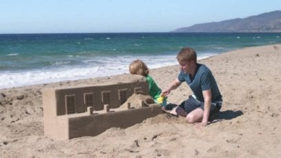 GEICO: Sandcastle – Life's A Beach