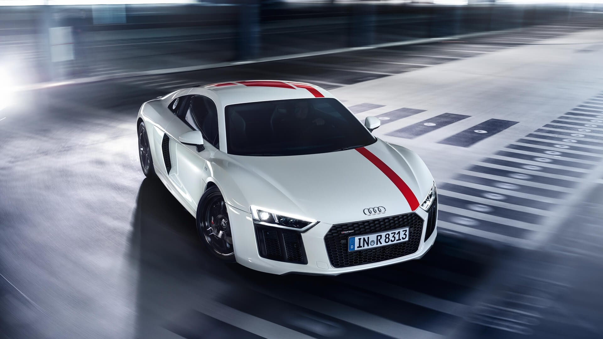 Audi: R8 Snow - DAILY COMMERCIALS