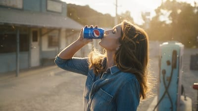 Pepsi Super Bowl Commercial Cindy Crawford 2