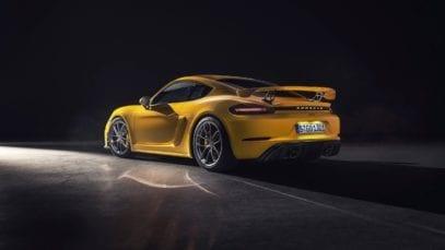 Porsche 718 GT4 advert